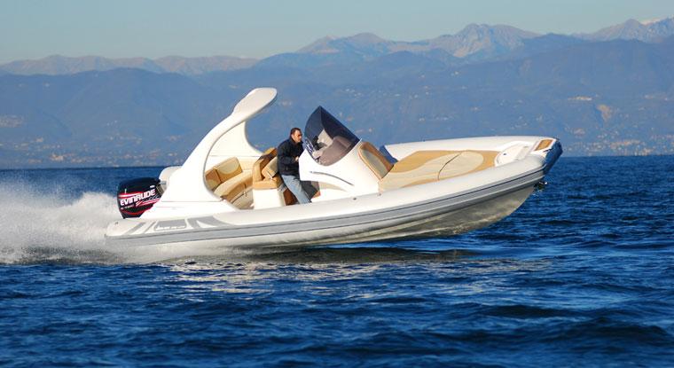jokerboat-wide-750-1